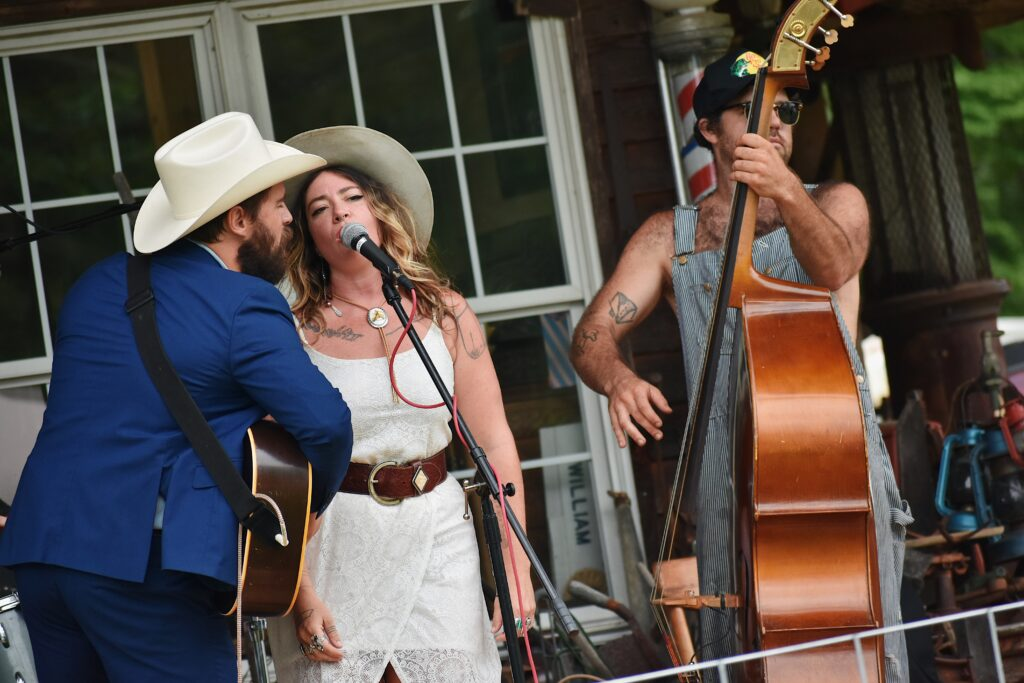 Mose Wilson and Friends at Byrd's Creek Music Festival (4)
